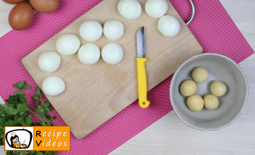 Cheese rolls with egg and ham recipe, prepping Cheese rolls with egg and ham step 3