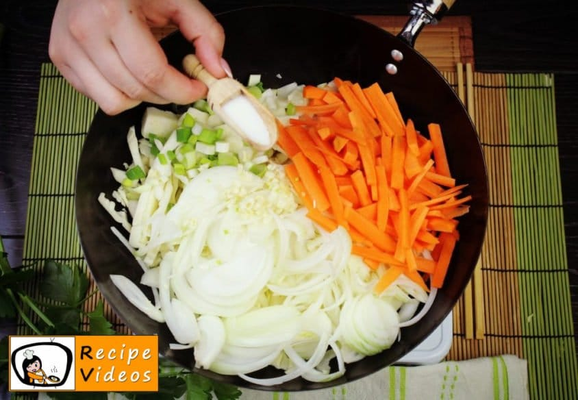 Chinese vegetables noodles recipe, how to make Chinese vegetables noodles step 3