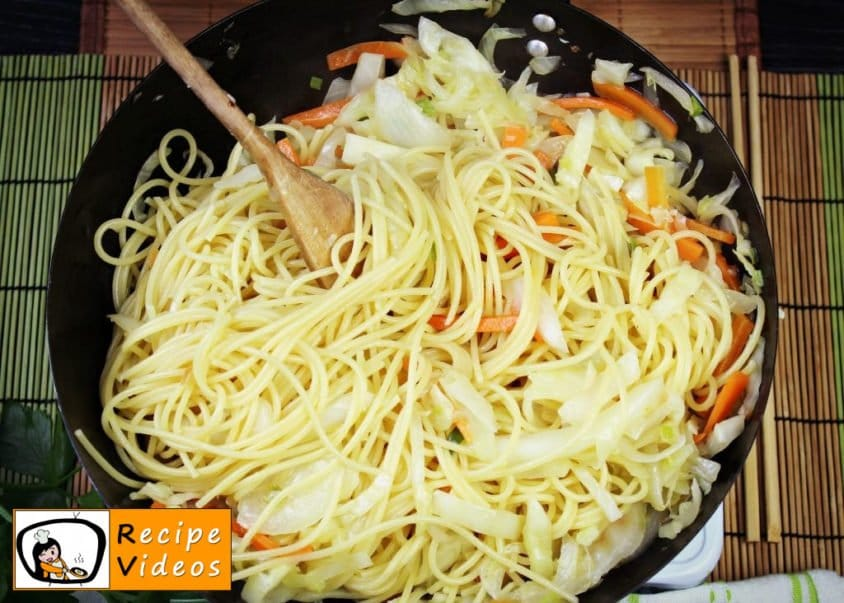 Chinese vegetables noodles recipe, prepping Chinese vegetables noodles step 5