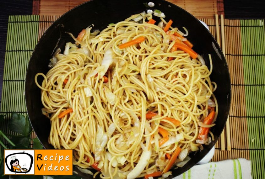 Chinese vegetables noodles recipe, prepping Chinese vegetables noodles step 6