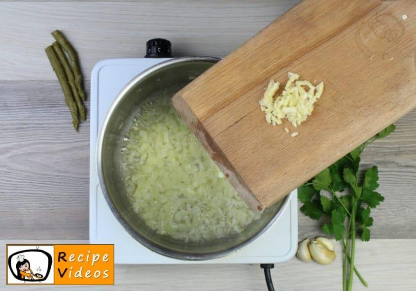 Cream of Asparagus soup recipe, how to make Cream of Asparagus soup step 2