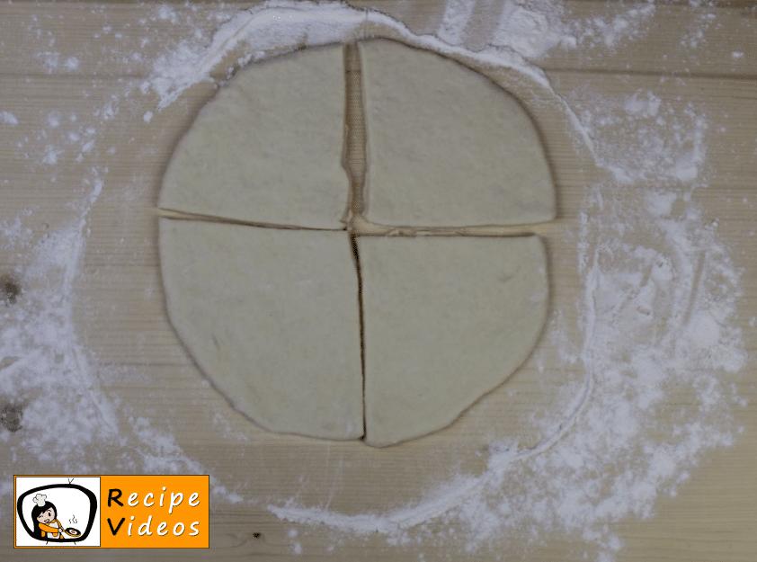 Homemade crescent rolls recipe, prepping Homemade crescent rolls step 4