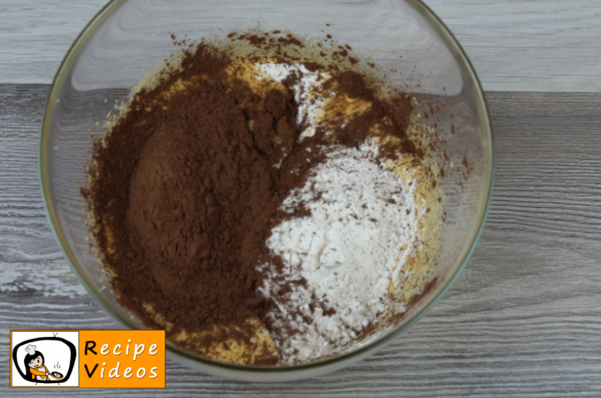 Molehill cake recipe, how to make Molehill cake step 2