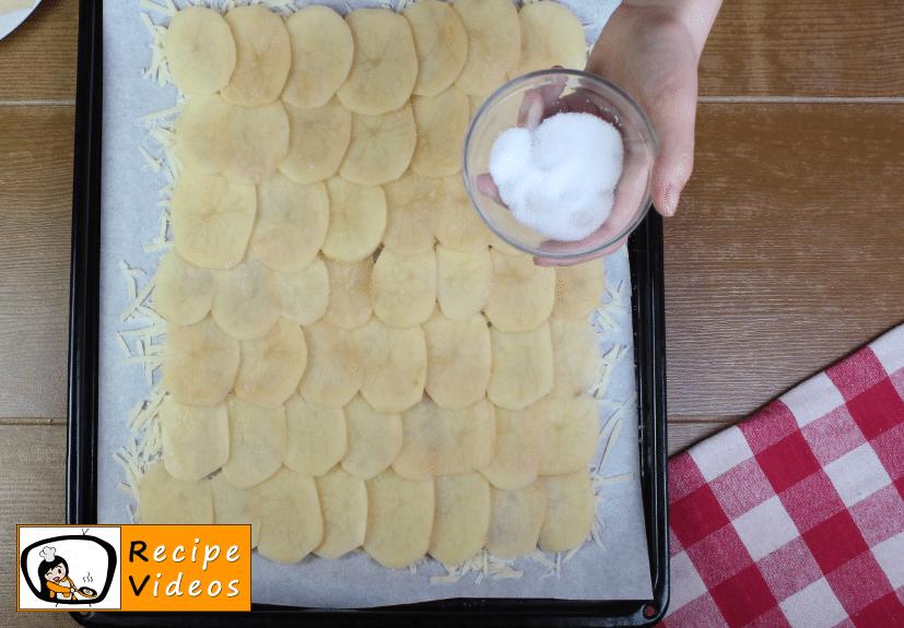 Stuffed potato roll in cheese crust recipe, prepping Stuffed potato roll in cheese crust step 2