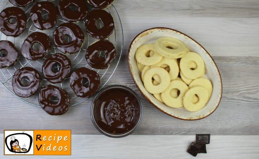 Vanilla rings recipe, prepping Vanilla rings step 8