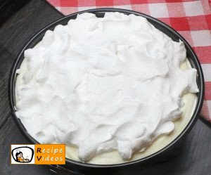 Banana cream cake recipe, how to make Banana cream cake step 8