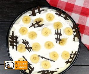 Banana cream cake recipe, how to make Banana cream cake step 9