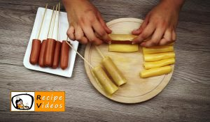 Cheese-bacon-sausages baked in batter recipe, how to make Cheese-bacon-sausages baked in batter step 2