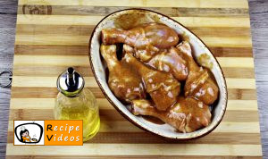 Chicken drumsticks with honey and mustard recipe, prepping Chicken drumsticks with honey and mustard step 2