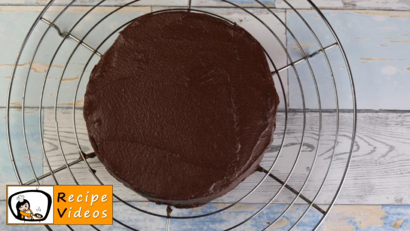 Chocolate cake recipe, prepping Chocolate cake step 11