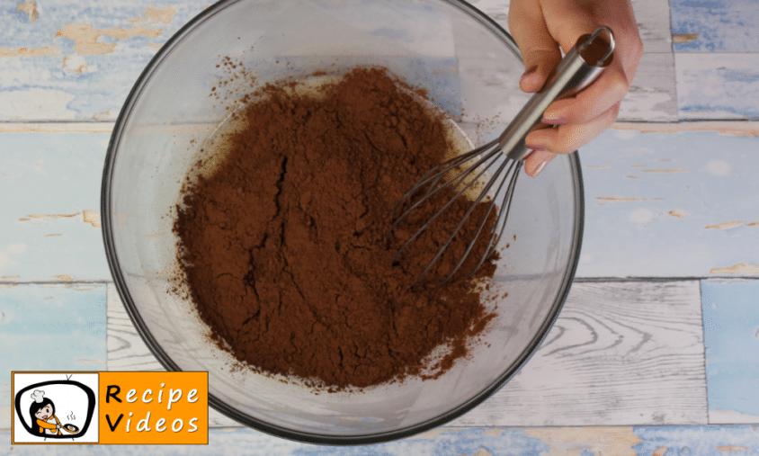 Chocolate cake recipe, prepping Chocolate cake step 6