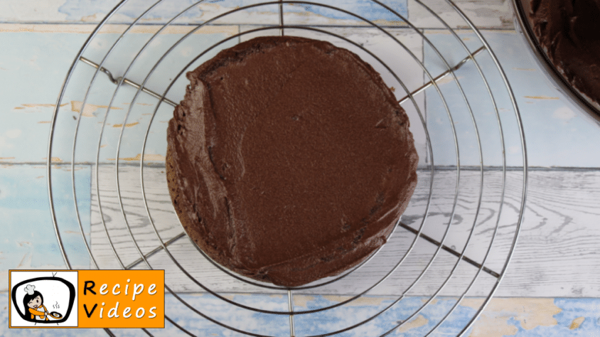 Chocolate cake recipe, prepping Chocolate cake step 9