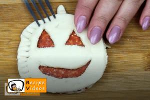 Crunchy Jack-O'-Lanterns recipe, how to make Crunchy Jack-O'-Lanterns step 5