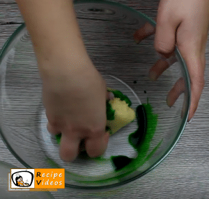 Halloween witches' fingers recipe, how to make Halloween witches' fingers step 3