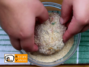 Meatballs stuffed with eggs recipe, prepping Meatballs stuffed with eggs step 6