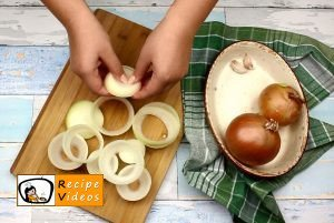 Stuffed onion rings recipe, prepping Stuffed onion rings step 3