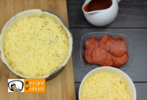 Scalloped mini pizza recipe, how to make Scalloped mini pizza step 6