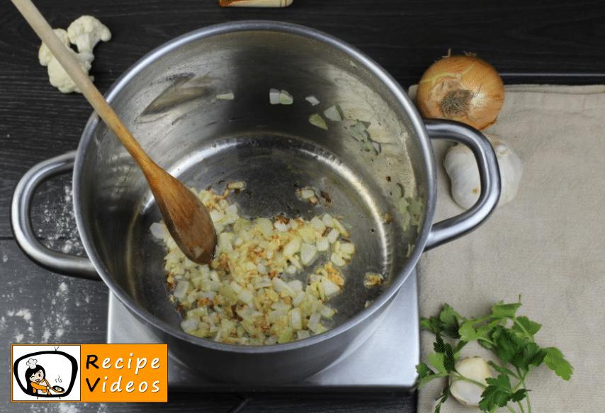 Cauliflower soup with sour cream recipe, how to make Cauliflower soup with sour cream step 1