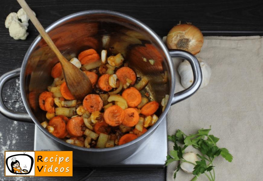Cauliflower soup with sour cream recipe, how to make Cauliflower soup with sour cream step 3
