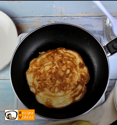 Apple pancakes recipe, prepping Apple pancakes step 7