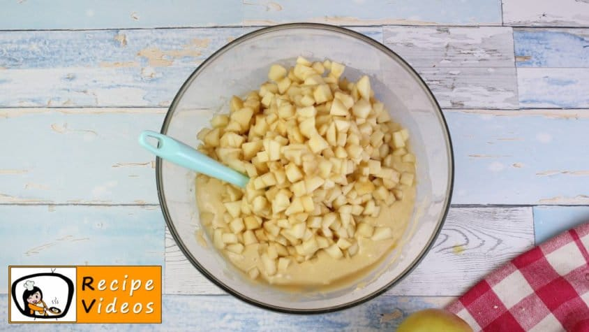 Apple sheet pie recipe, prepping Apple sheet pie step 5