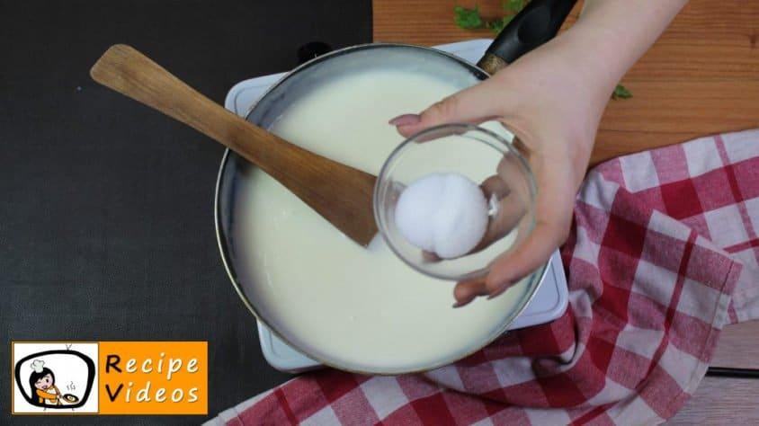Béchamel sauce recipe, prepping Béchamel sauce step 4