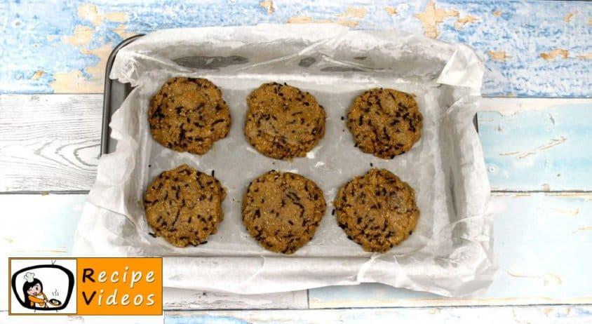Chocolate Oatmeal Cookies with Frozen Yogurt recipe, how to make Chocolate Oatmeal Cookies with Frozen Yogurt step 5