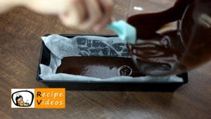Chocolate brownie dessert with raspberries recipe, prepping Chocolate brownie dessert with raspberries step 2