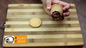 Chocolate filled ice cream cones recipe, how to make Chocolate filled ice cream cones step 2