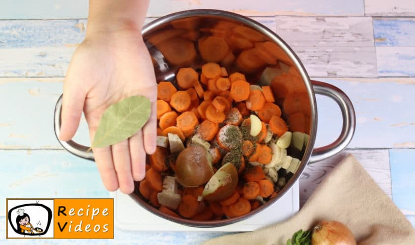 Clear vegetable soup recipe, how to make Clear vegetable soup step 2