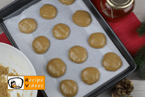 Honey macaron recipe, prepping Honey macaron step 5