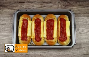 Hot dog with Bolognese sauce recipe, how to make Hot dog with Bolognese sauce step 5