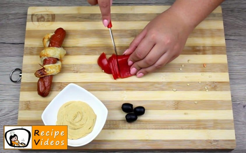 Hotdog Snakes recipe, prepping Hotdog Snakes step 11