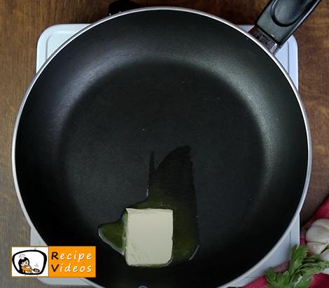 Omelet recipe, prepping Omelet step 2