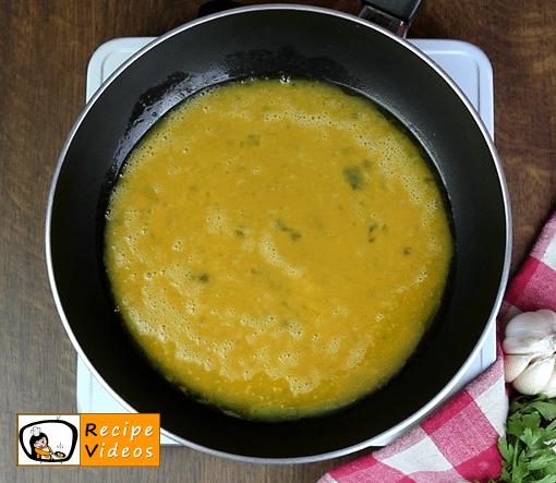 Omelet recipe, prepping Omelet step 3