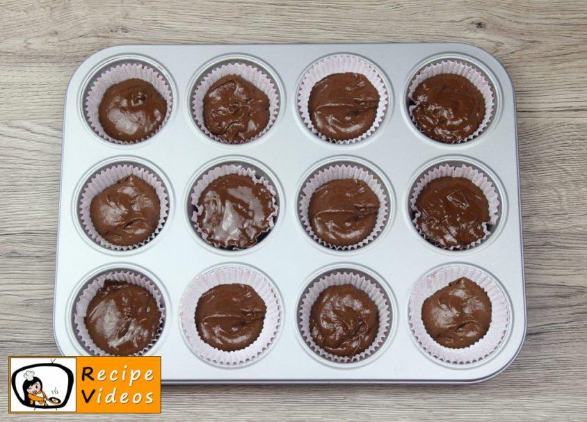 Panda Muffins recipe, prepping Panda Muffins step 2