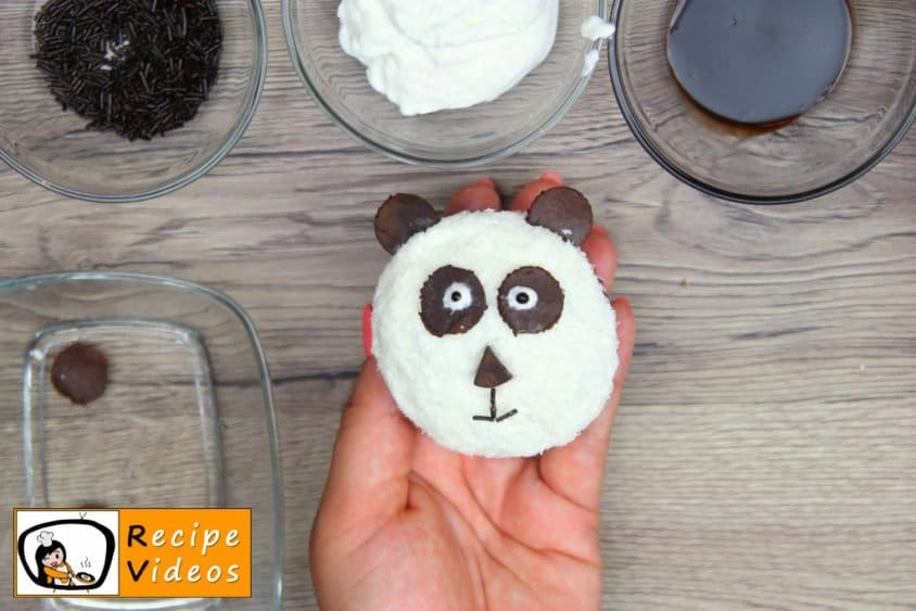 Panda Muffins recipe, prepping Panda Muffins step 7