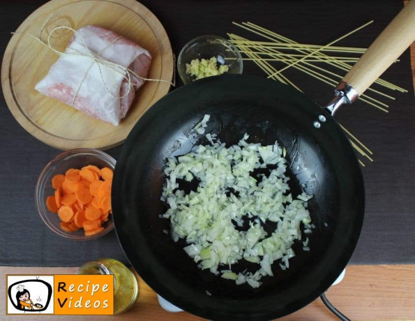 Spaghetti Bolognese recipe, prepping Spaghetti Bolognese step 1