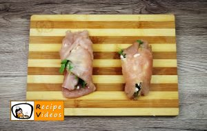 Stuffed chicken with feta cheese and rocket wrapped in ham recipe, how to make Stuffed chicken with feta cheese and rocket wrapped in ham step 5