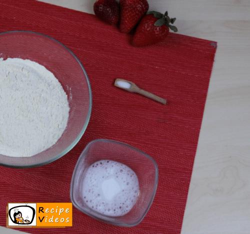 Valentine's Day Mini Red Velvet Fruit Cake recipe, how to make Valentine's Day Mini Red Velvet Fruit Cake step 1
