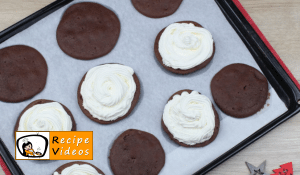 Whoopie pie recipe, prepping Whoopie pie step 10
