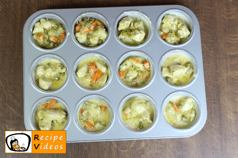 Mini Chicken Pot Pies recipe, how to make Mini Chicken Pot Pies step 6