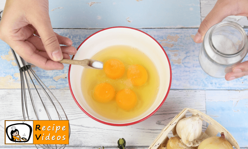 Soft Scrambled Eggs recipe, how to make Soft Scrambled Eggs step 1