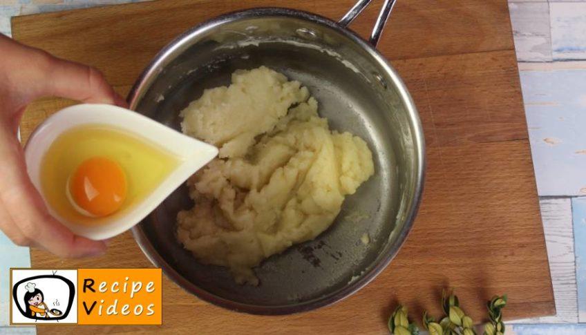 Profiteroles recipe, prepping Profiteroles step 3