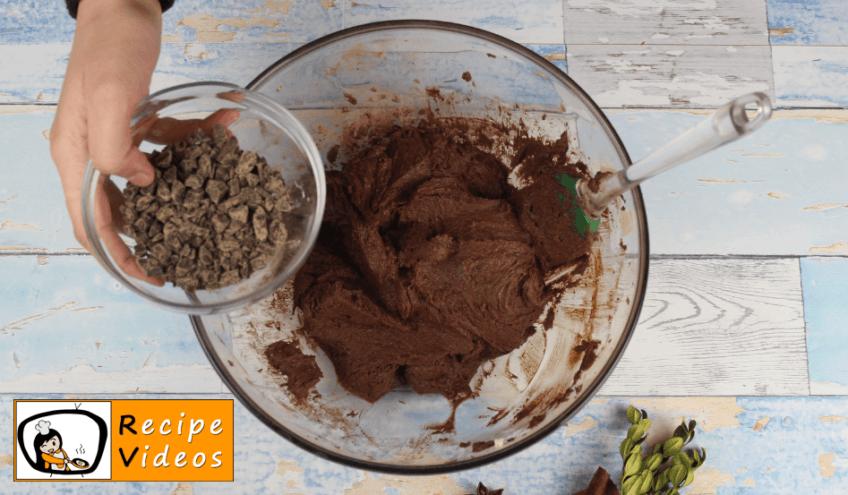 Christmas Light Cupcake recipe, how to make Christmas Light Cupcake step 4