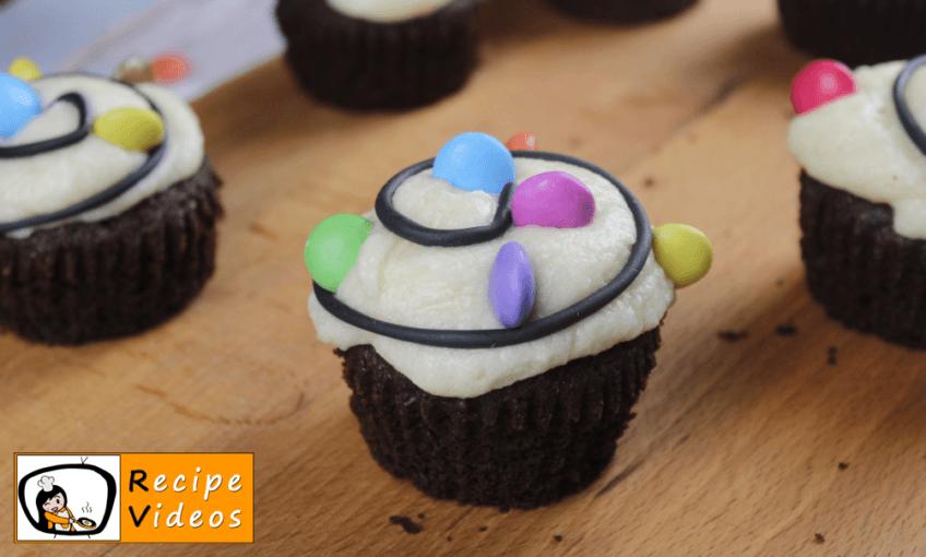 Christmas Light Cupcake recipe, how to make Christmas Light Cupcake step 8